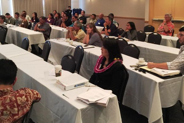 attendees-listening-to-afternoon-stormwater-presentationsDFC2A34E-4E01-1034-AD55-5230C76D64C4.jpg