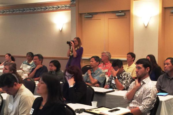 attendees-listening-to-dawn-s-presentation52F0582A-C000-3182-A6F1-25E48EDC28DF.jpg